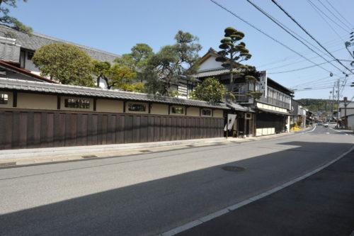 美濃国岩村藩の大井宿は中山道46番目の宿場町、本陣跡の観光と甚平坂石仏群。